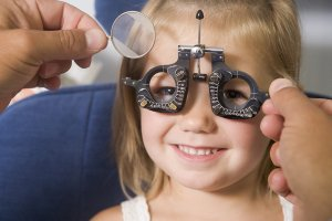 eye exams in manchester